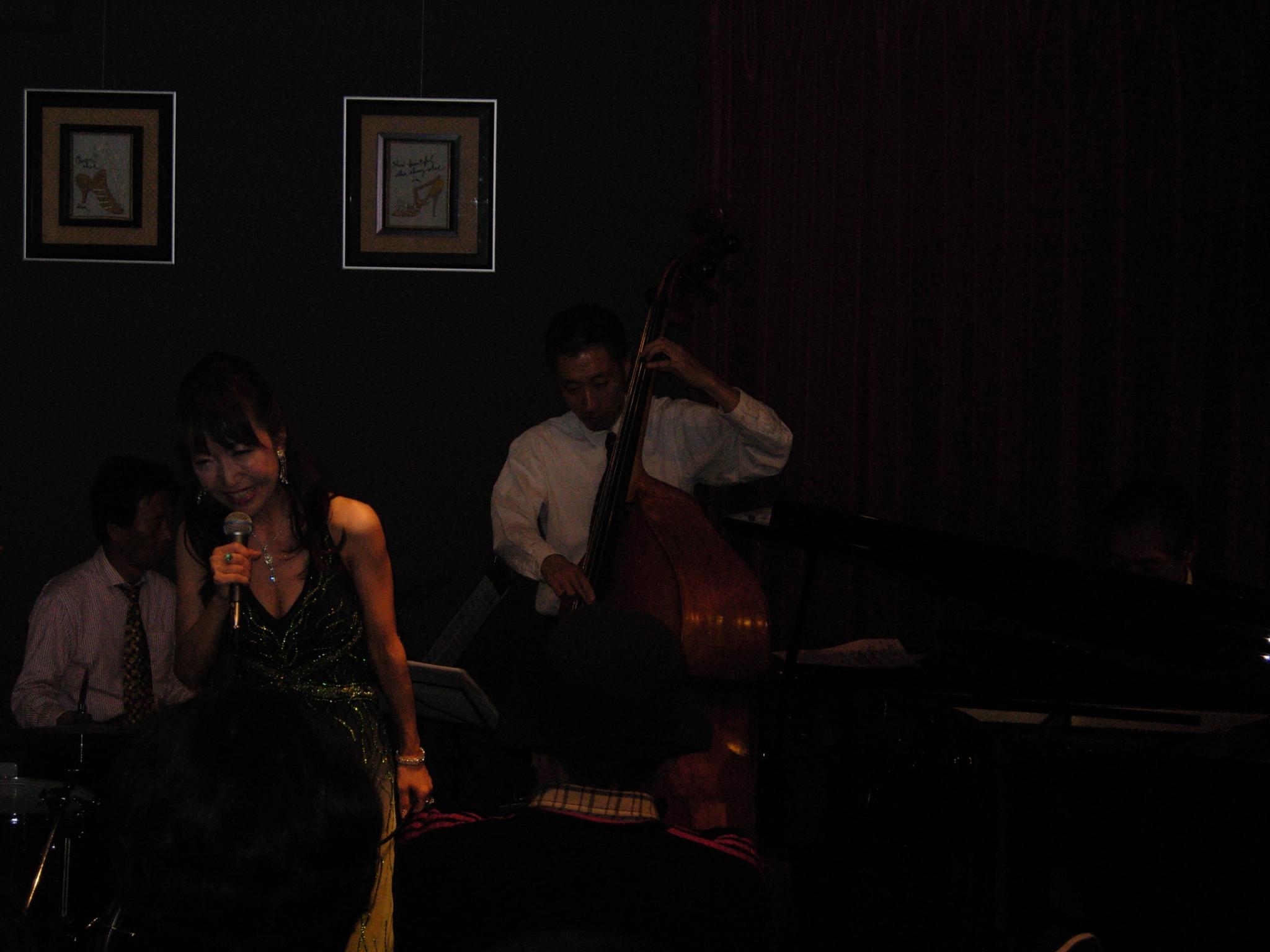 http://chanter-yachiyo.com/2010/11/23/2010_1120_210522-DSCN1351.JPG