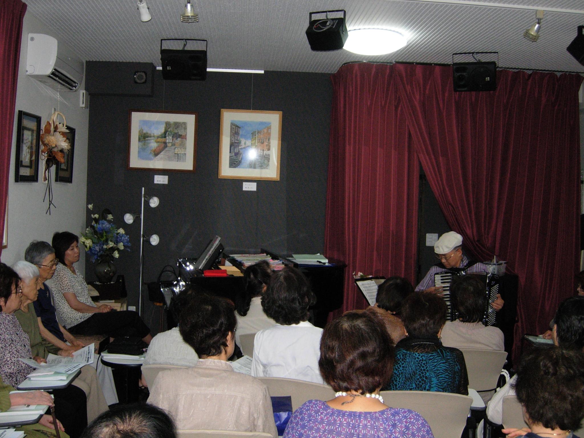 http://chanter-yachiyo.com/2011/07/09/2011_0705_115303-DSCN1451.JPG