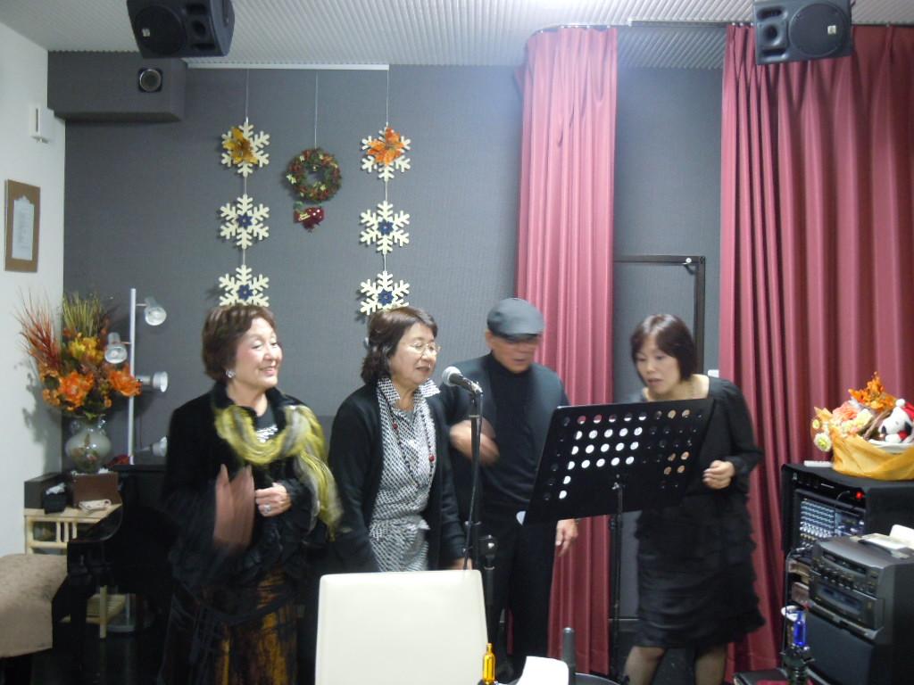 http://chanter-yachiyo.com/2011/12/25/2011_1209_155708-DSCN1781.JPG
