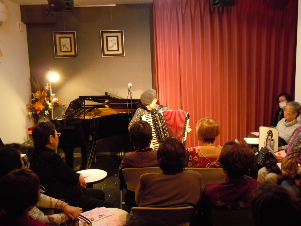 http://chanter-yachiyo.com/2011_0123_142156-DSCN0533.JPG
