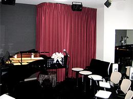 音楽ホール:生演奏がお楽しみいただけるおしゃれなパーティーはいかがですか
